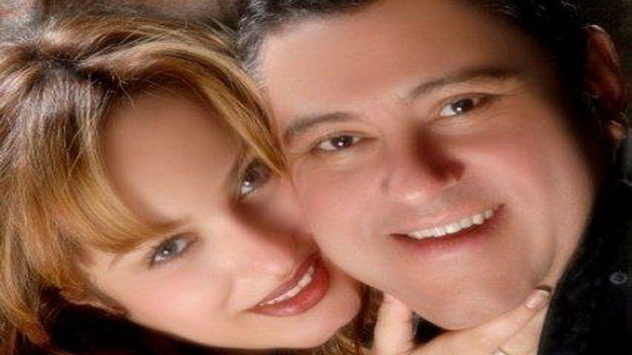 تعرف على زوجة معتز الدمرداش الثانية وصورها معه ومع حماتها Playlist Stars