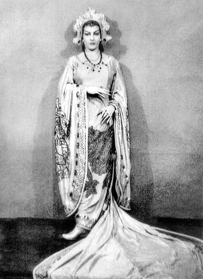 May 20, 1949 - Turandot, Teatro Colon, Buenos Aires
