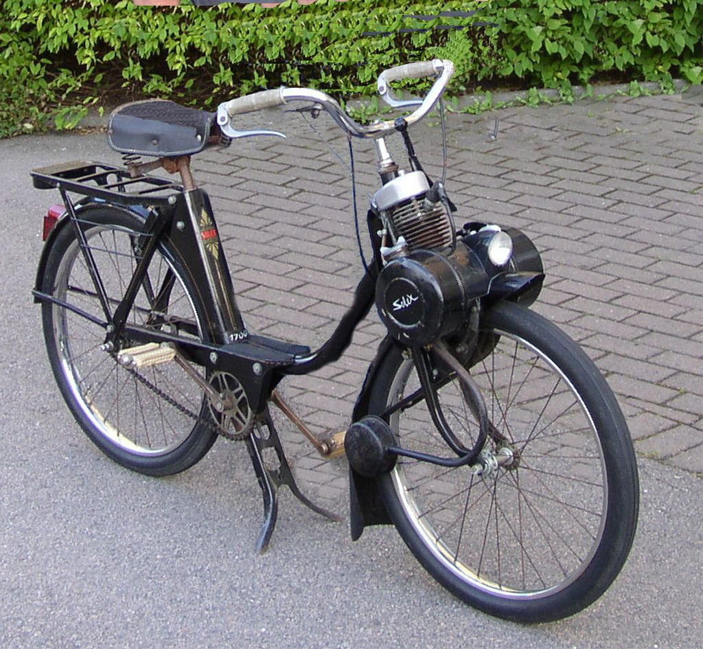 Velosolex moped as a clutch you have a lever that puts for Garage moto courbevoie