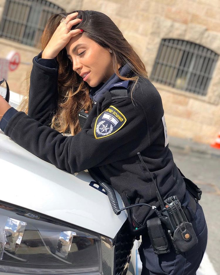 Officers sexy women police 10 Most