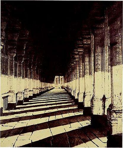 Linnaeus Tripe. Aisle on the South Side of the Puthu Mundapum, Maduta. c 1858. Albumenized salt print.
