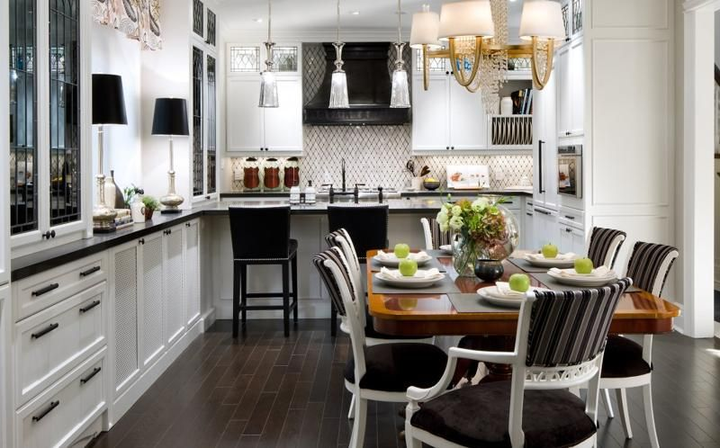 Candice Olson Kitchen Design Love The Tile And Hood
