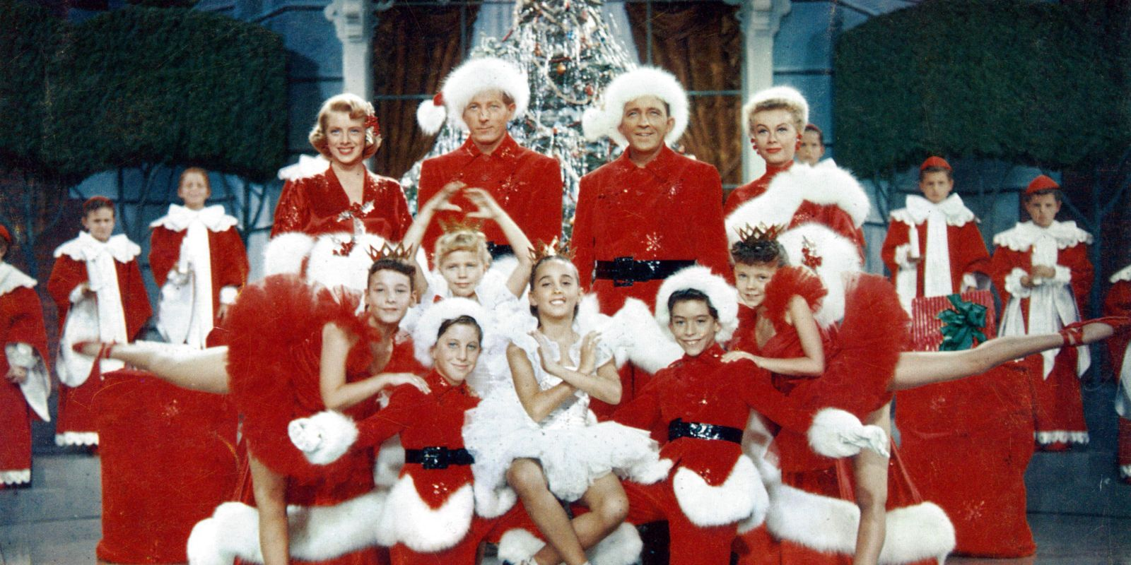 Everyone Missed The Moment Vera Ellen Almost Tripped In Iconic White Christmas Scene White Christmas Movie Best Christmas Movies Classic Christmas Movies