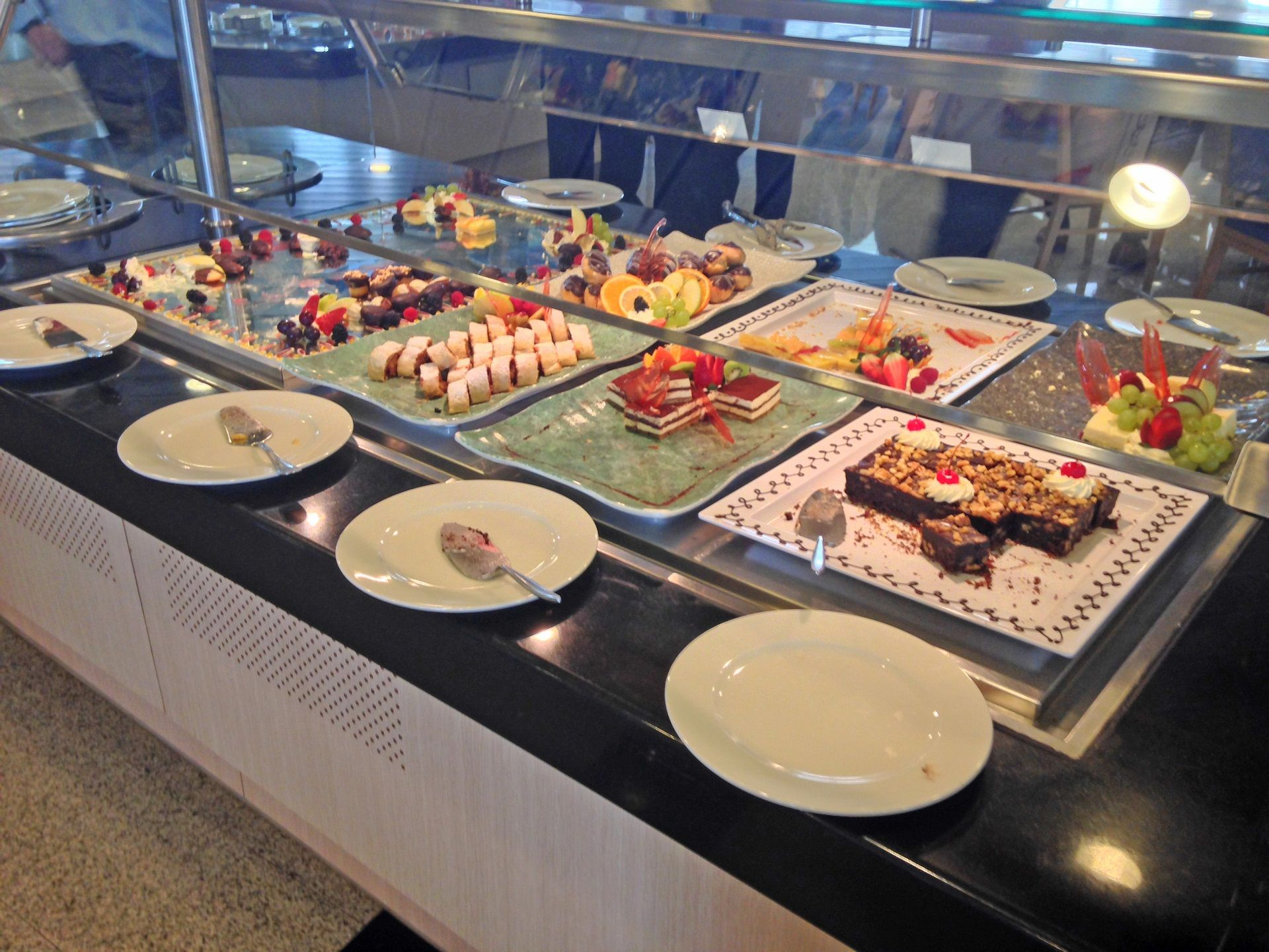 Dessert buffet on board cruise and maritime 39 s magellan for Cruise ship with best food