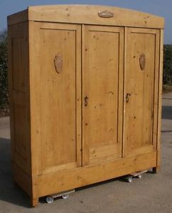 Superieur EARLY 20th CENTURY LARGE ANTIQUE GERMAN SOLID PINE