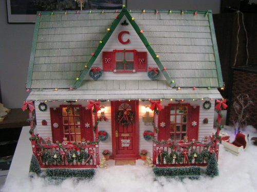 december 2011 dollhouse of the month christmas house dollhouse holiday doll house christmas house