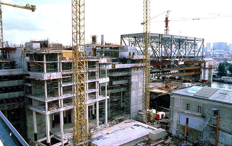 La construction du bâtiment Colbert.