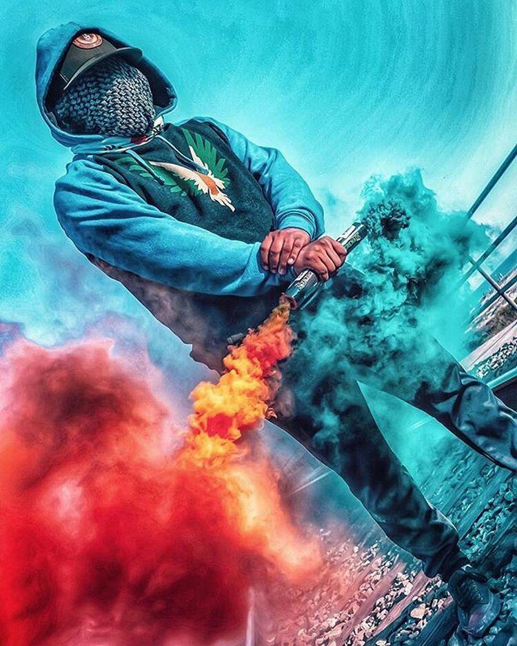 Supreme Wallpaper Smoke Bomb