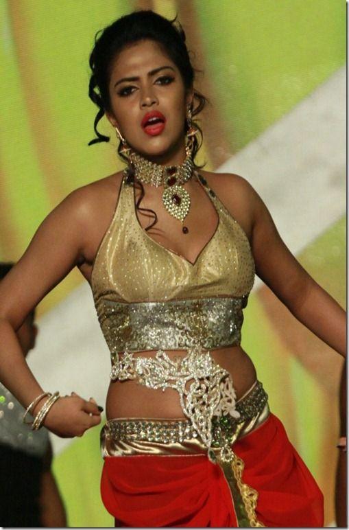 Tamil actress sexy dancer