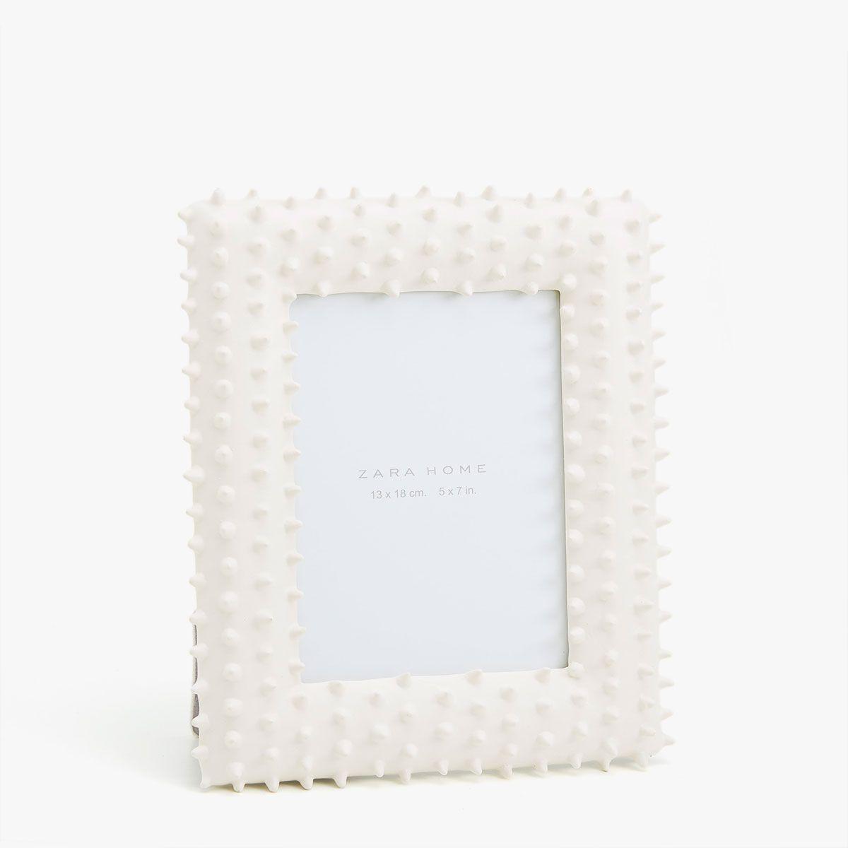 Marco acabado cactus blanco | Cactus, Productos y Blanco