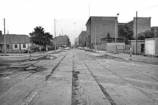 Pin Von Matthias Rpm Auf Berlin Wall Berliner Mauer Berlin Geschichte Bilder