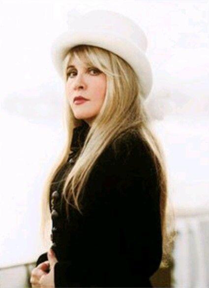 Pin by Julia Urban-Kimmerley on Stevie nicks/ fleetwood