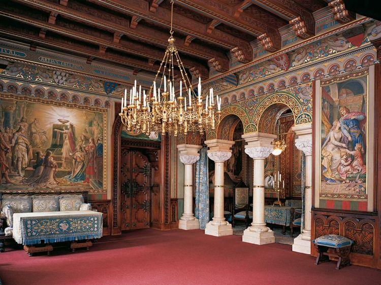 Pin Von Deavita Auf A40 Unbedingt Kaufen Schloss Schlafzimmer Hochzeit Burg Neuschwanstein