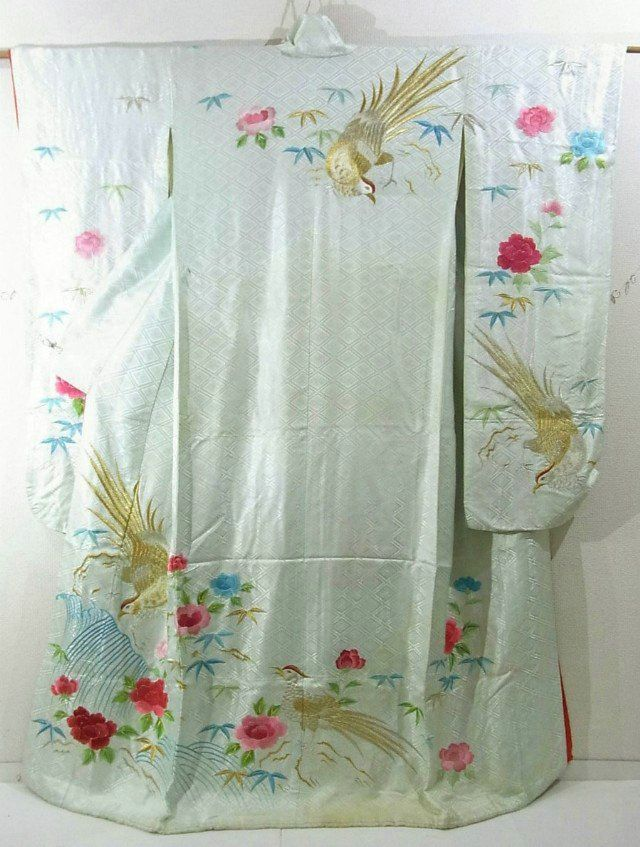 This is a charming Hon-Furisode Kimono for bride with a design of 'botan'(peony) and bird, which is embroidered.