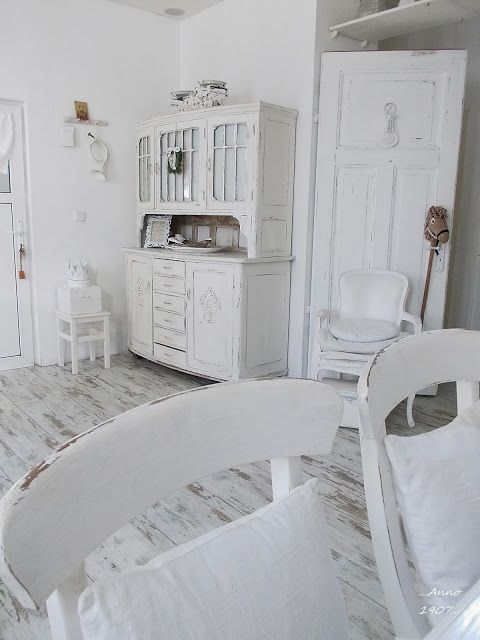 Anno 1907 shabby chic furniture pinterest - Simply shabby chic bedroom furniture ...