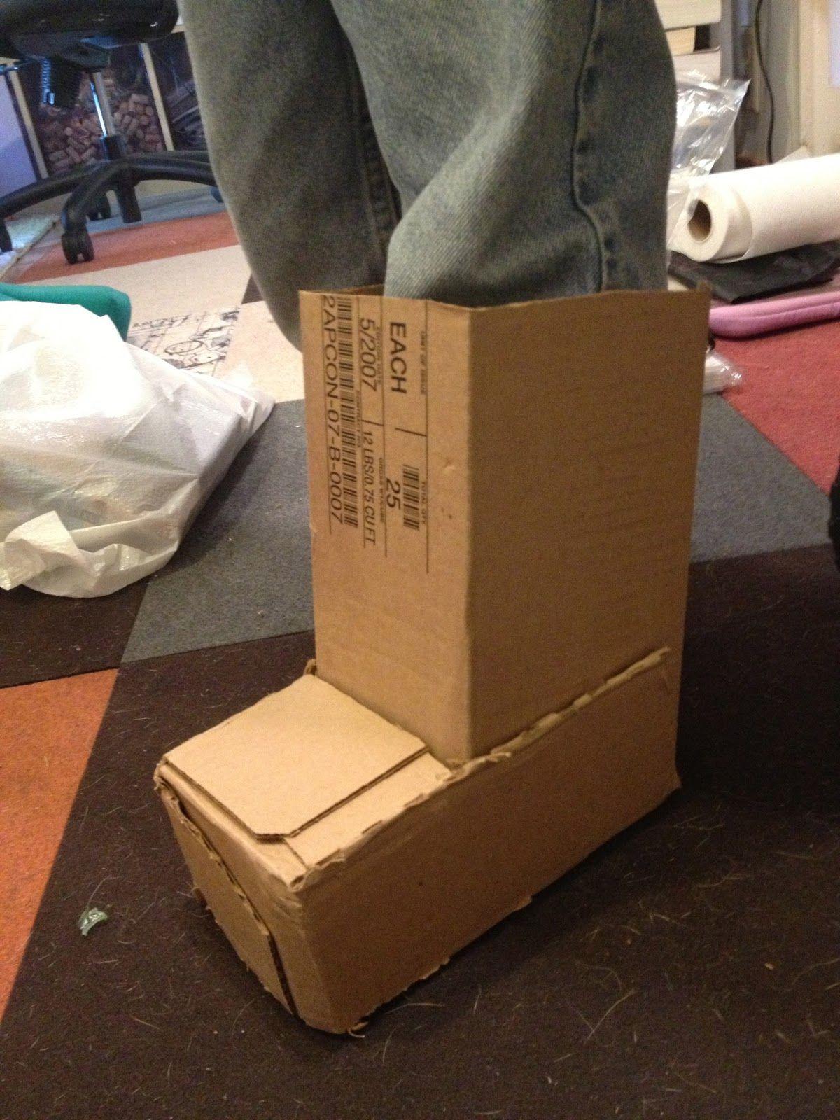 cardboard train costume | THOMAS THE TRAIN COSTUME | Halloween ...