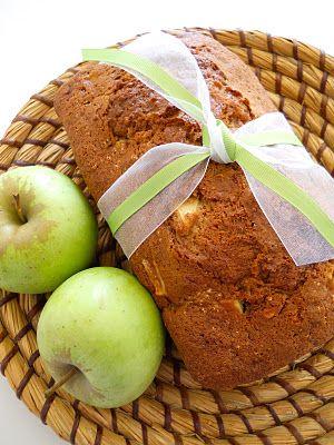 Shopgirl: Ten Days of Apples: Day 1 - Apple Bread