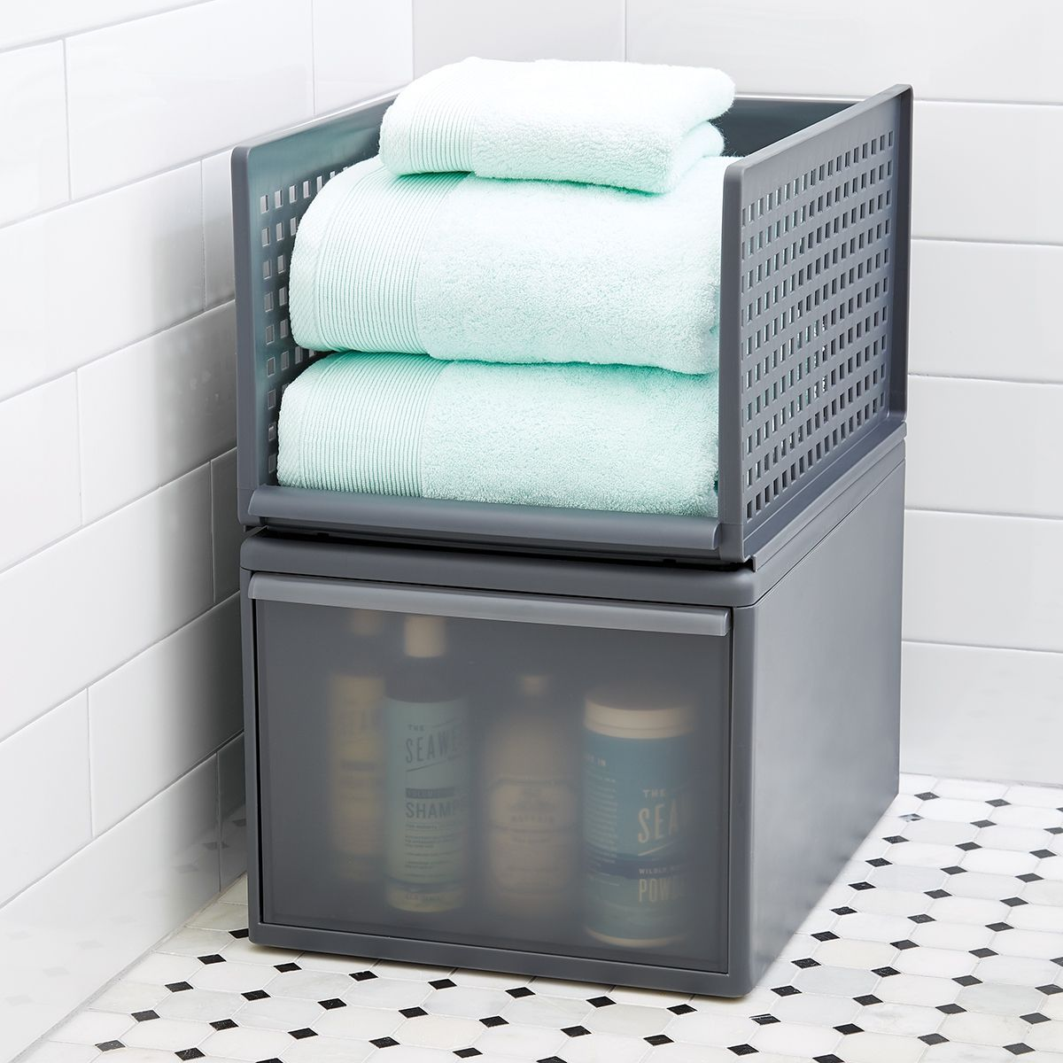 Optimal Usage Of Space And Items For Small Bathroom Ideas: Stacking Drawers Are A Great Way To Make Use Of Wasted