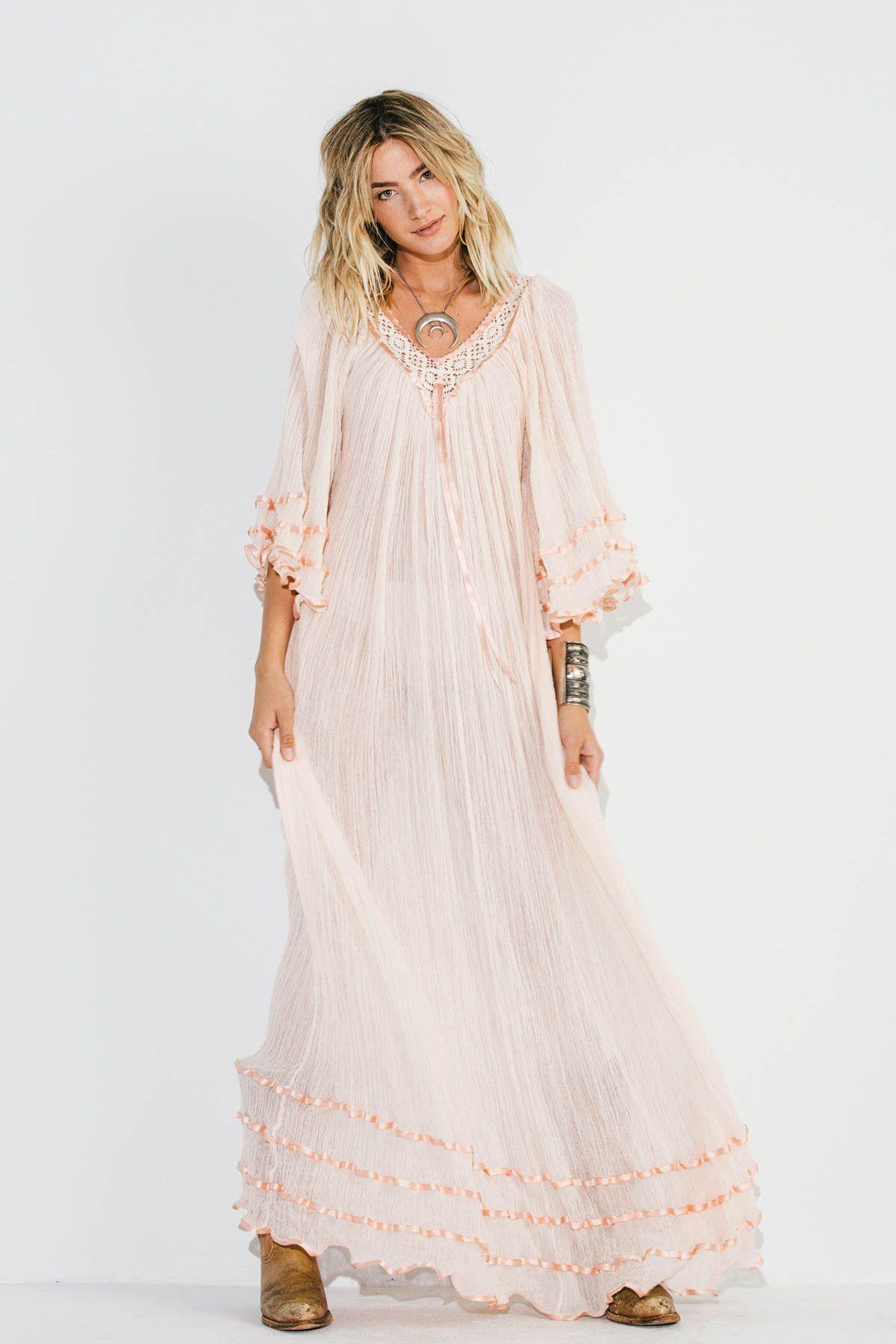 Stevie Nicks Maxi Dress Chic Maxi Dresses Bohemian Style Dresses Maxi Dress [ 1800 x 1200 Pixel ]