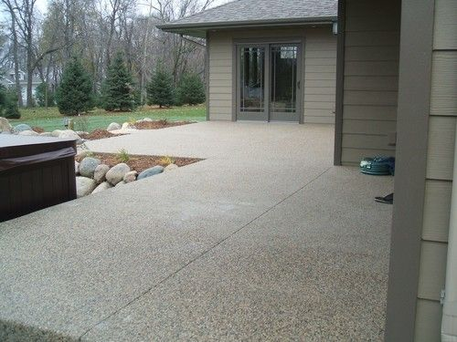 Photo Exposed Aggregate Patio Sidewalk   Evenson Concrete Systems, Inc.