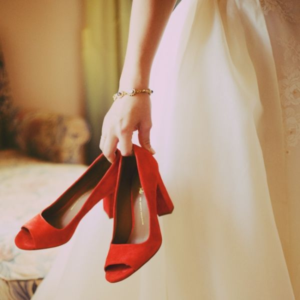 put on your red shoes and marry me!