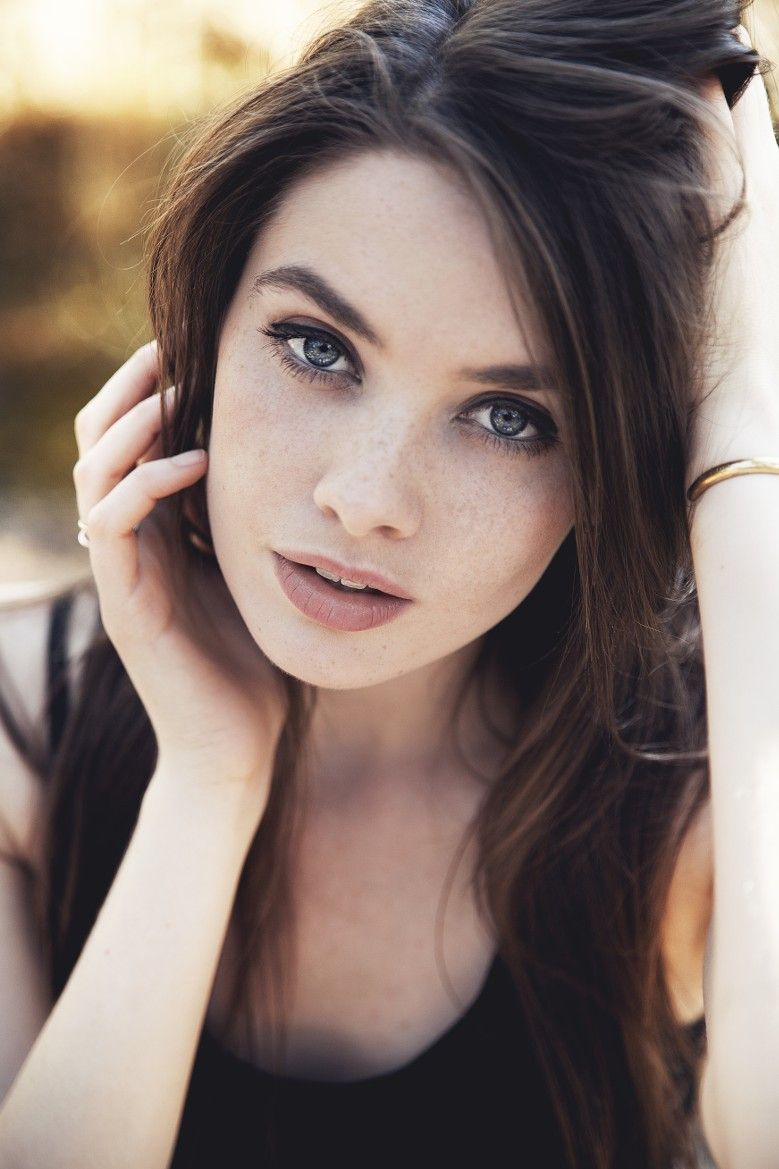 Beautiful Captivating Eyes Perfect Complexion & Sexy Lips
