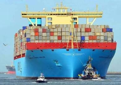 عبور أكبر سفينة حاويات صديقة للبيئة قناة السويس عبرت قناة السويس اليوم الثلاثاء أكبر سفينة حاويات في العالم صديقة للبيئ Merchant Navy Ship Merchants