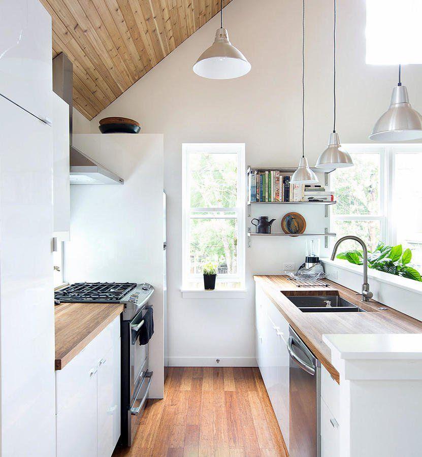 Idee Per Ristrutturare La Cucina.Cucina Piccola Come Sopravvivere Idee Ristrutturazione Cucine Con Immagini Progetti Di Cucine Cucine Piccole Interni Della Cucina