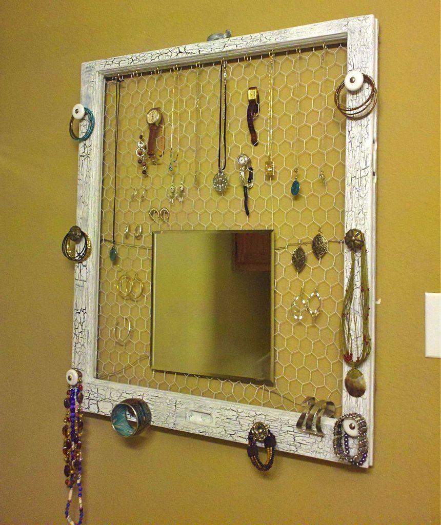 crear de un marco de ventana, este expositor para joyas