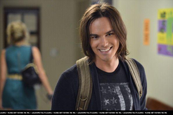 Caleb Rivers Pretty Little Liars Season 3 Episode 1 It Happened That Night