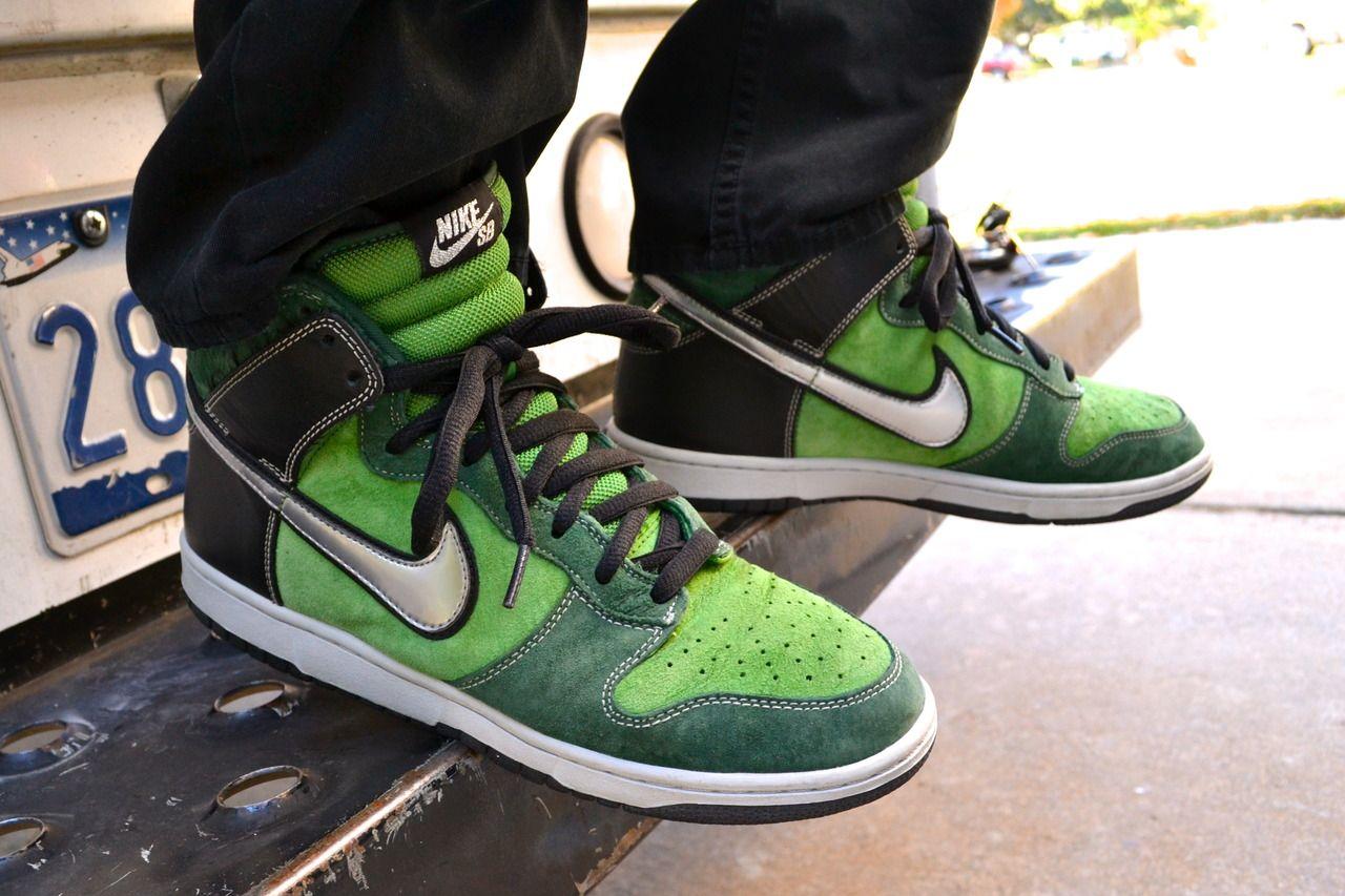 "Nike Dunk High SB ""Brut"""
