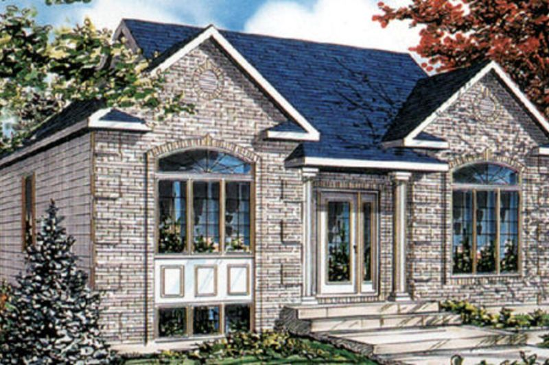 Traditional Style House Plan - 3 Beds 1 Baths 1040 Sq/Ft Plan #138-200 Exterior - Front Elevation - Houseplans.com