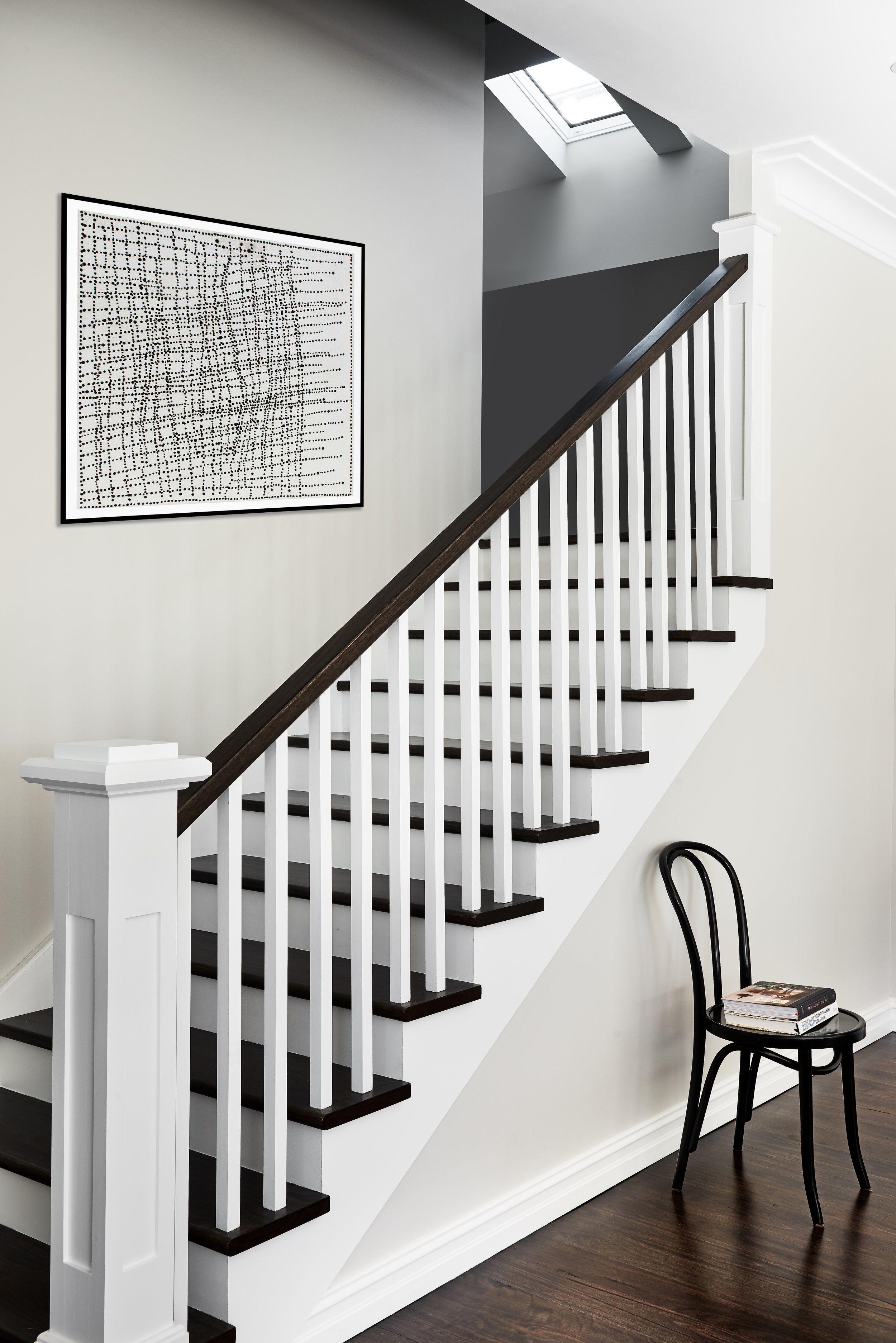 Black White Contrasting Staircase Stained Handrail Blackbutt | Black And White Banister | Round | Deck | Light Wood Banister | Light Grey Grey White | Wrought Iron