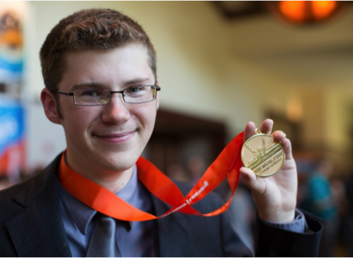 Meet the World's 16-Year-Old PowerPoint Champs #ALR
