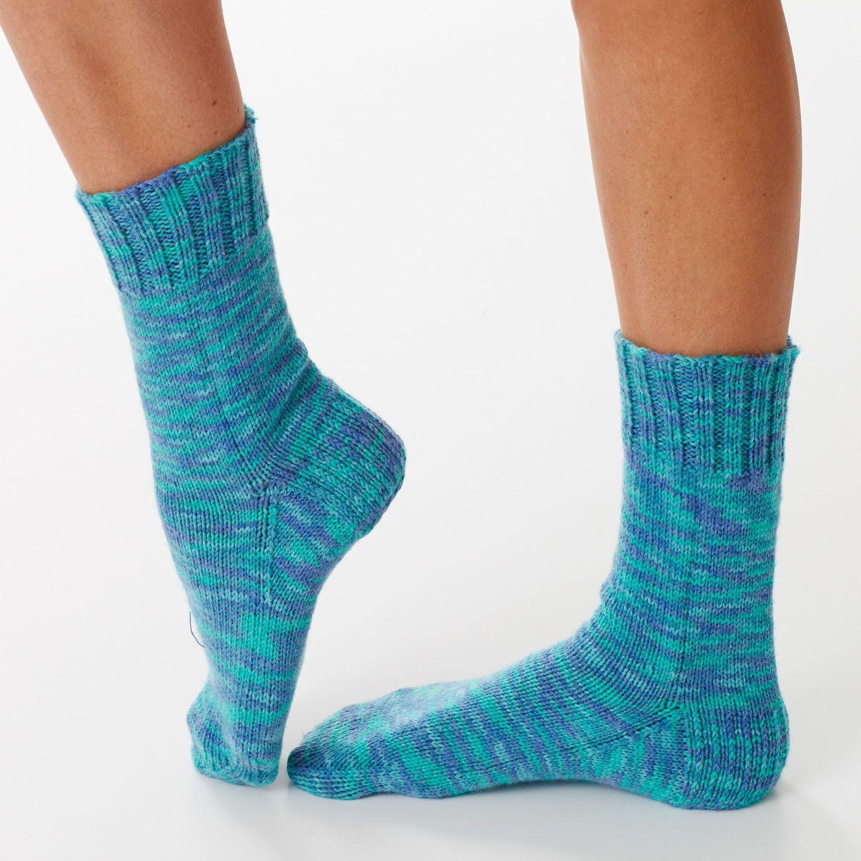 Bernat Basic Socks, Size 5/6 | Sock knitting patterns ...