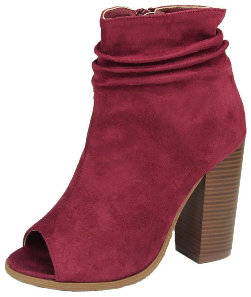 906c8fc89b2d ESSENTIAL SHOE FOR YOUR CLOSET  Staple ankle bootie silhouette updated with  thoughtful