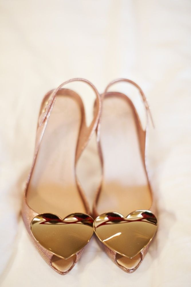 Blog OMG - I'm Engaged! - Sapatos de Noiva em Rosa e dourado. Pink and gold wedding shoes.