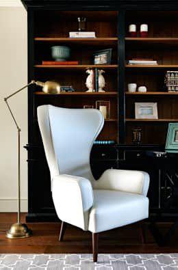 eclectic Study/office by Studio Duggan
