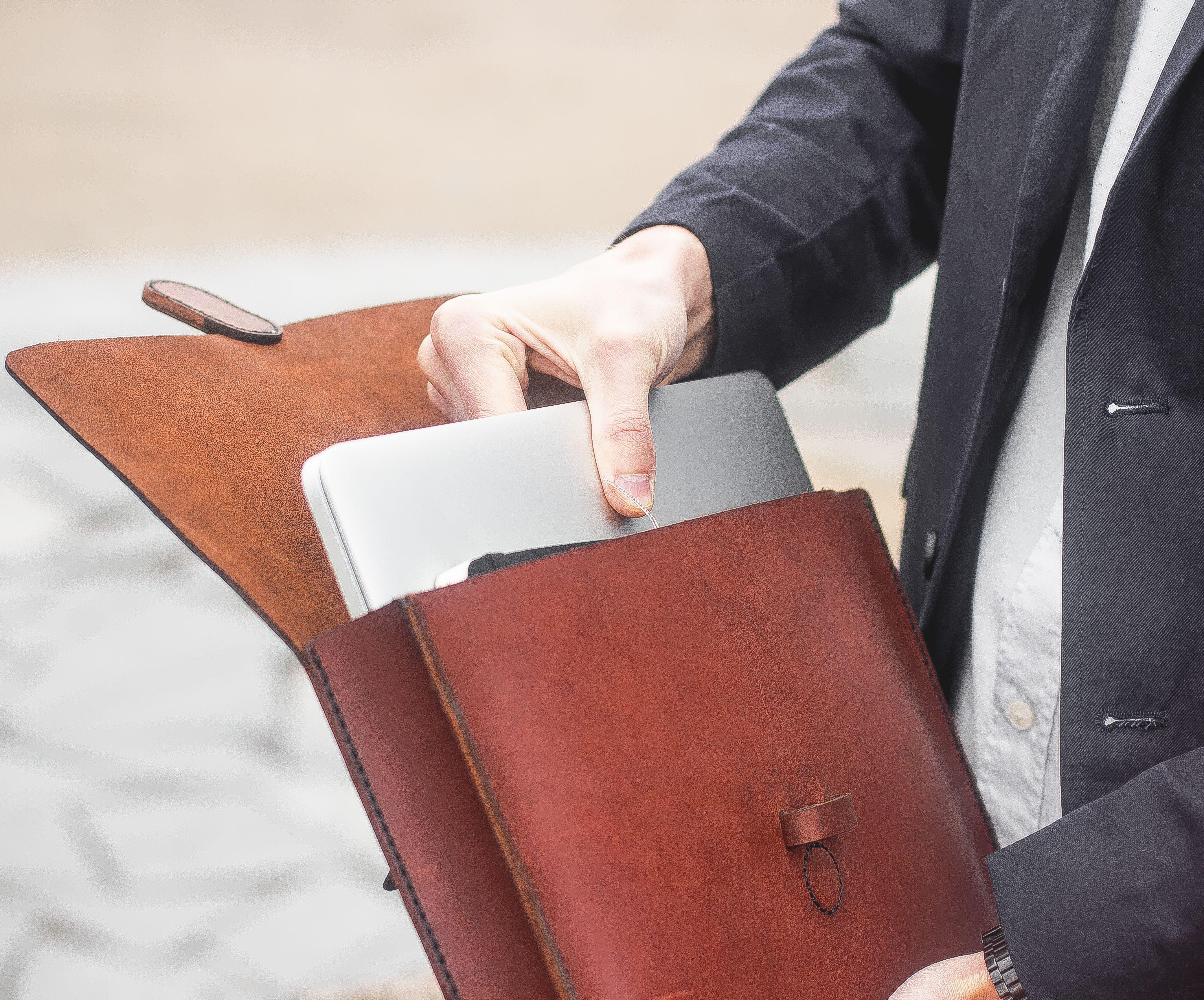 Pc holder handmade made in Italy. Leather folder bag leather briefcase document holder Messenger bag