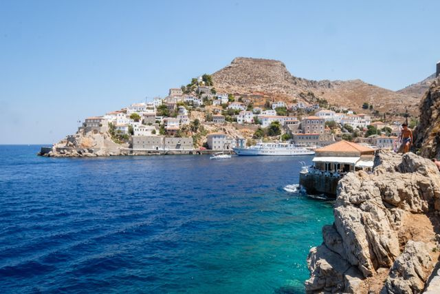 Greece is a country that has a significant amount of territory, with much of this spread over the hundreds of islands, so you could easily spend months exploring this fascinating and historic area. Th
