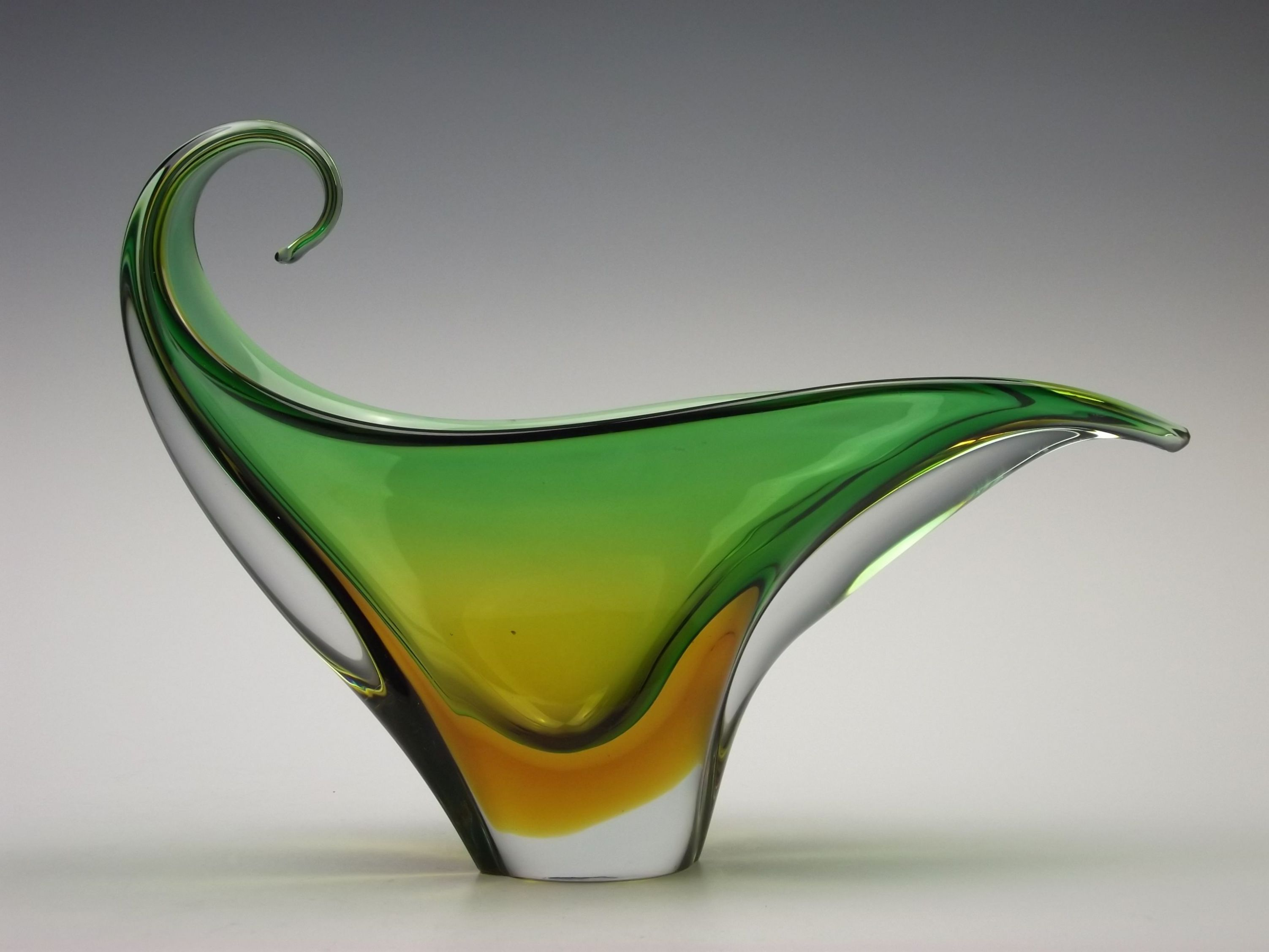 Murano sommerso green yellow vintage sculptural glass bowlvase murano sommerso green yellow vintage sculptural glass bowlvase floridaeventfo Images