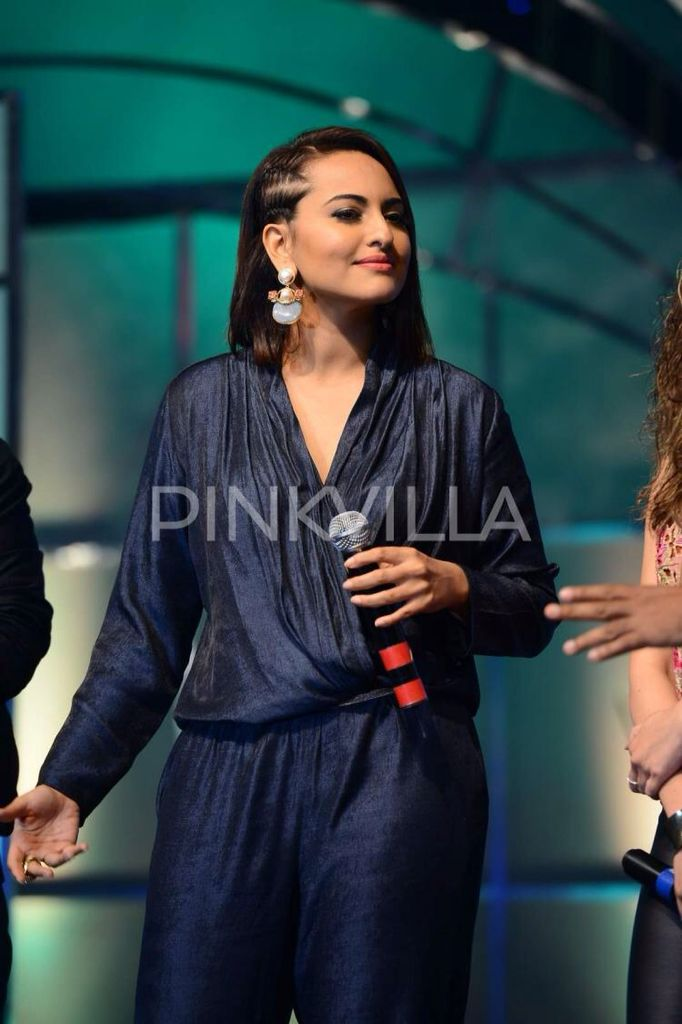 Sonakshi Sinha launches Indian Idol Junior.