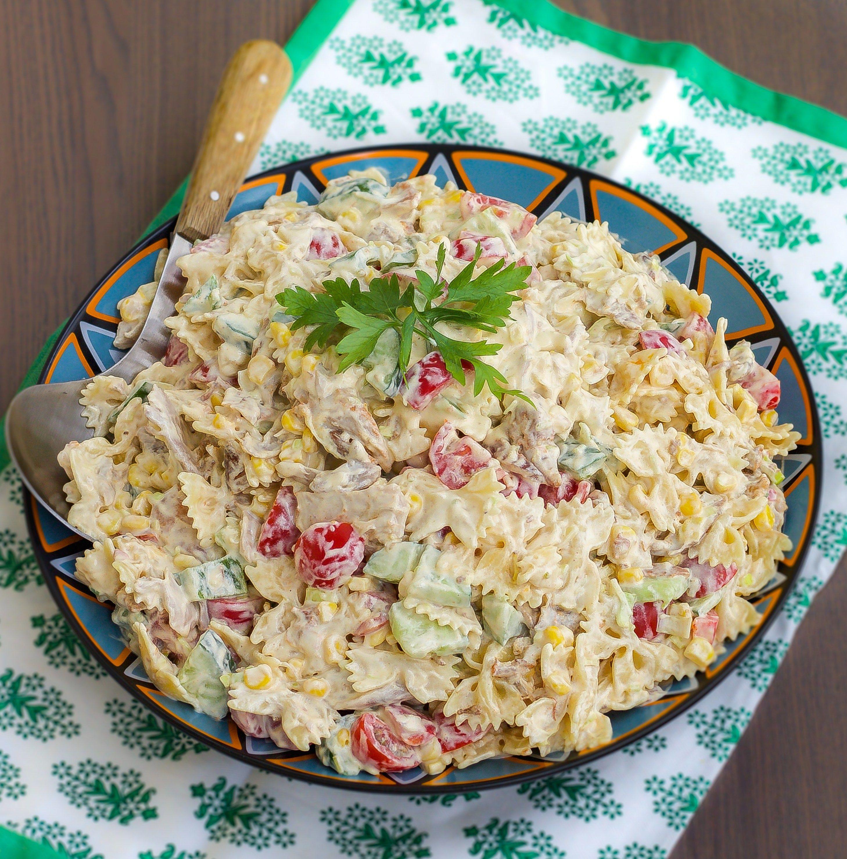 Kramig Pastasallad Med Kyckling Med Bilder Pastasallad Kvallsmat Recept Grillad Kyckling Sallad