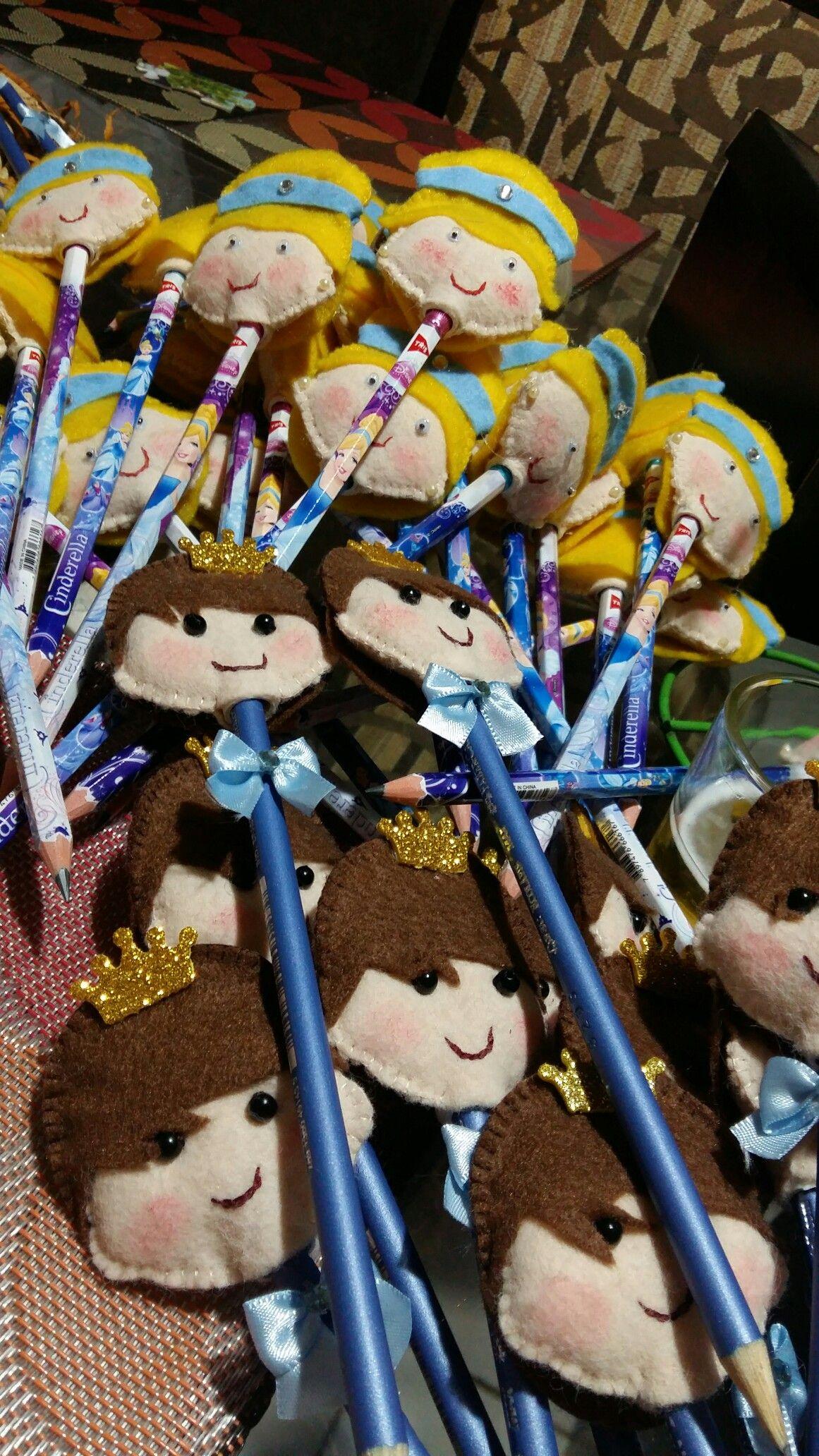 Ponteira de lápis príncipe e princesa