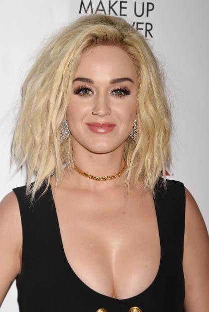 Katy Perry Zeigt Uns Die Trend Frisur 2017 Der Shaggy Bob Katy