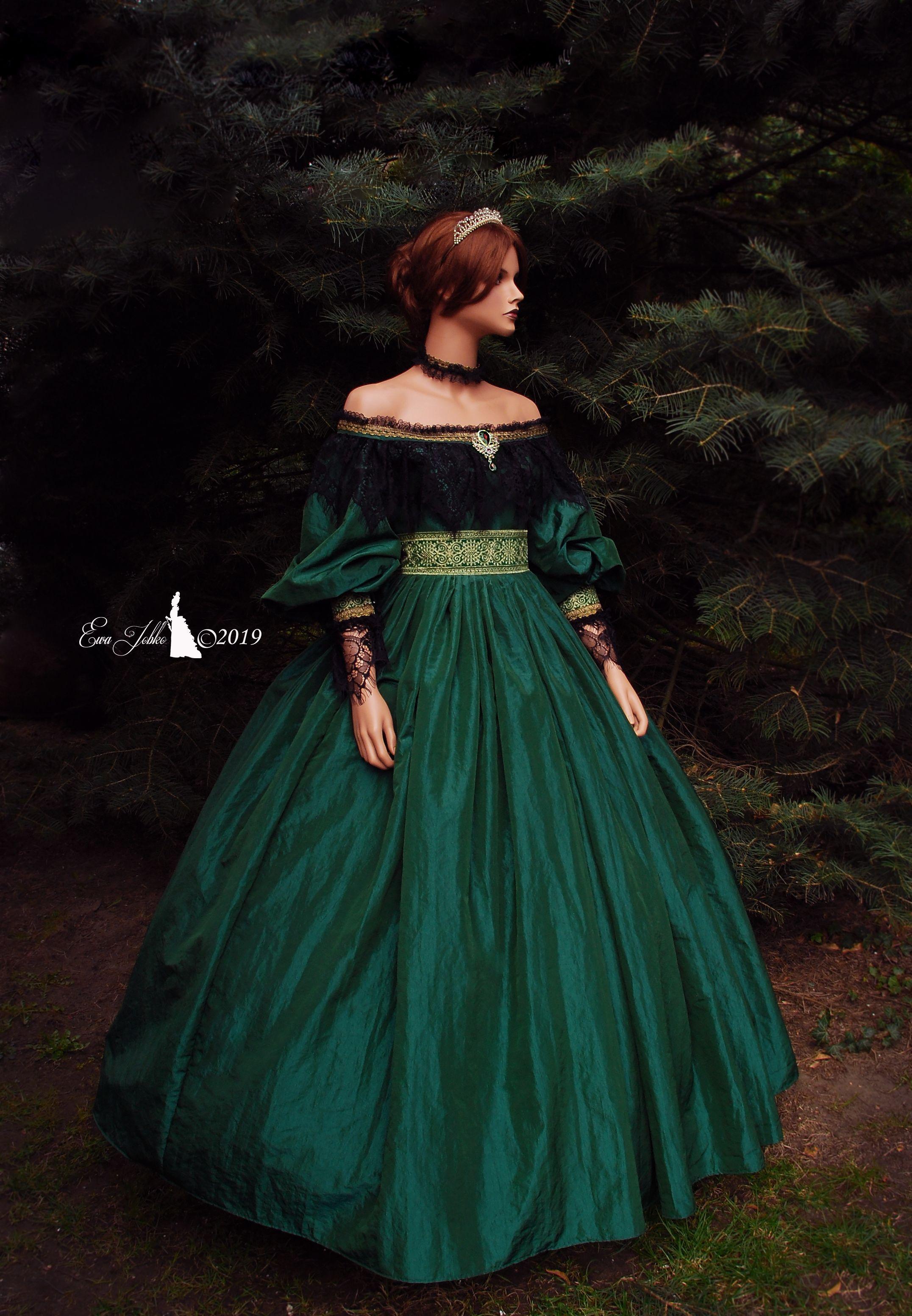Pin By Settampola On My Work Queen Dress Fairytale Dress Victorian Dress [ 3105 x 2152 Pixel ]
