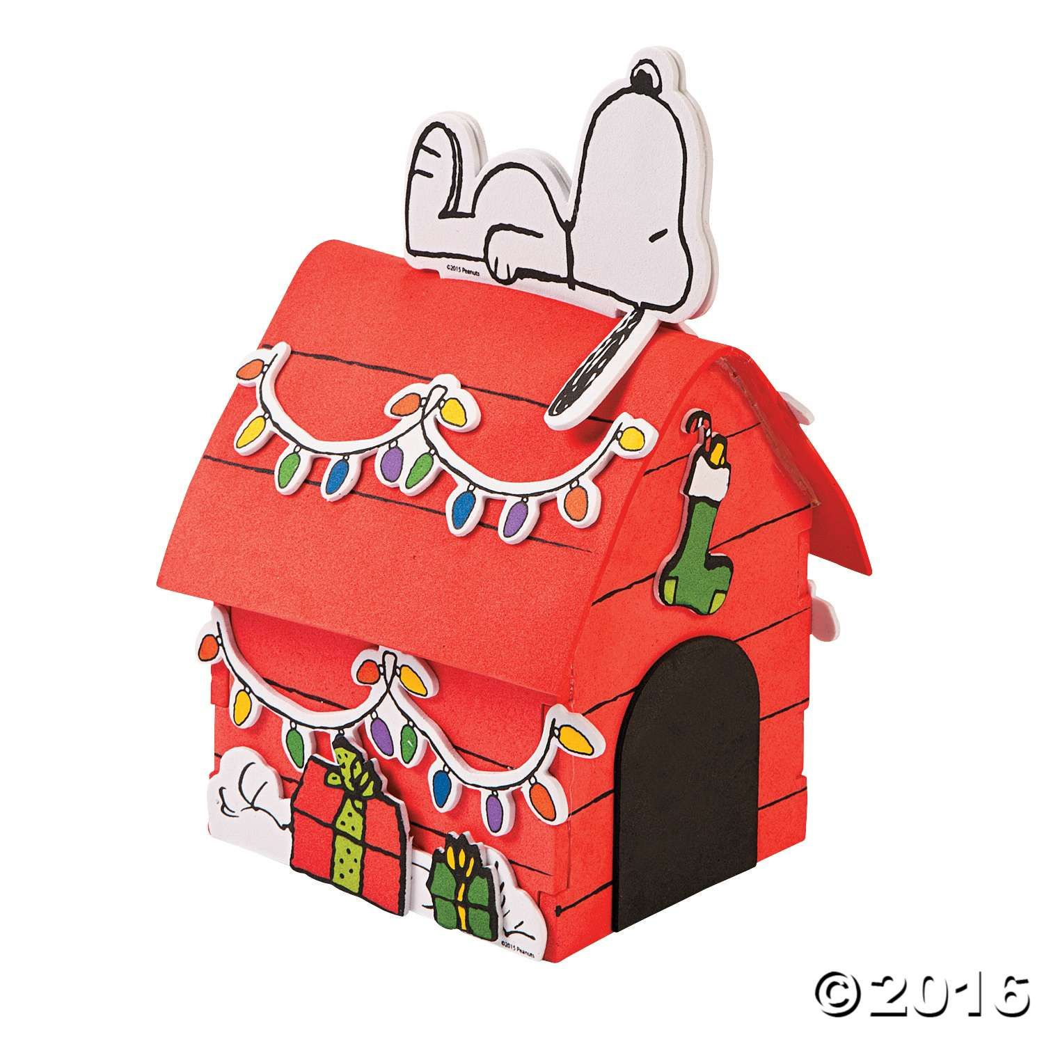Create Your Own Dog House For Snoopy To Hang Out On With This 3d