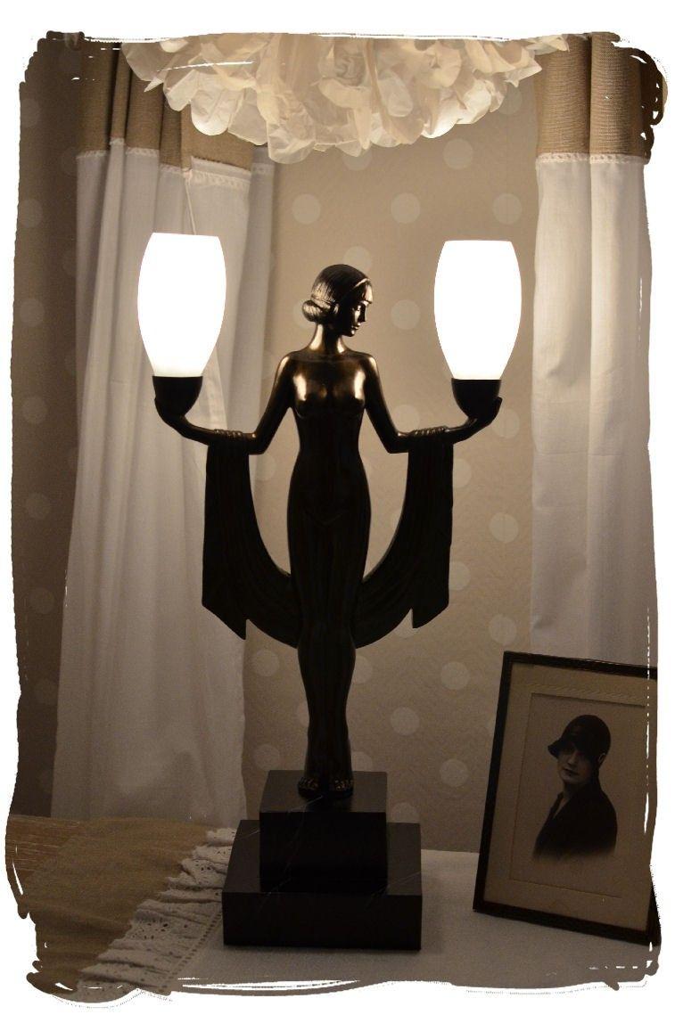 Figürliche Art Deco Tischlampe Frauenakt Lovely Decor