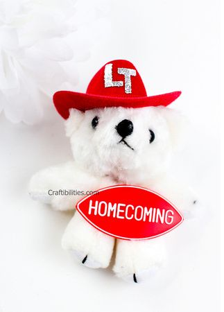 HOMECOMING MUM Texas Tradition - Football HOCO Garter Mum - DIY tutorial - Girls & Guys #homecomingmumsdiy