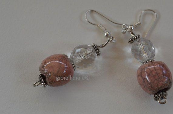 Orecchini in ceramica raku rosa di gioiellidiale su Etsy